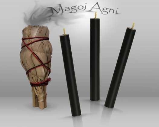 Szałwia i czarne świece z wosku pszczelego